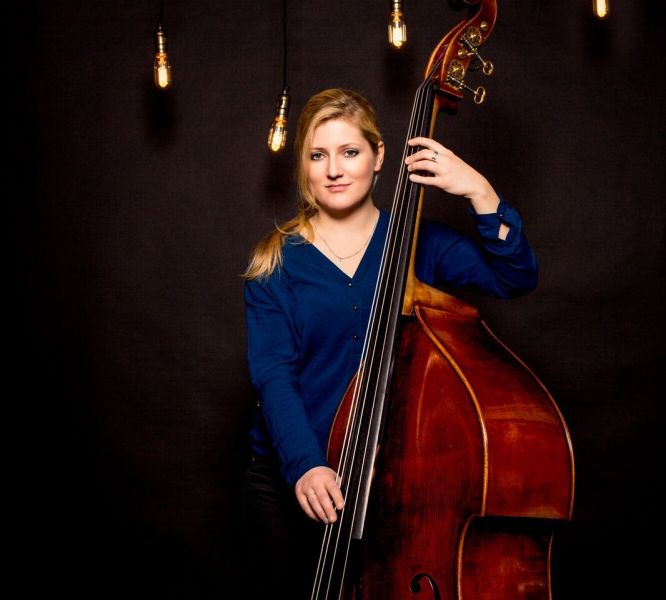 24.04.%2520Lisa R.Wulff Bass preview a451a101 Lisa Wulff Quartet   Laika Album Release: Wondrous Strange stageclub